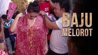 Larut Dalam Goyang Heboh, Baju Ayu Ting Ting Melorot - Cumicam 16 Oktober 2017