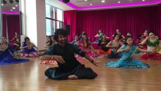 Mein Wari Wari- Choli Ke Peeche- Bollywood- Mujra- (Beijing, China) Devesh Mirchandani
