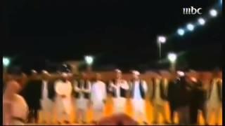 افغان يشاركون سعودياً زواجه