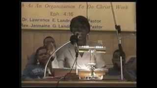 Jonte Thomas 1998 kills the broadcast @Ebenezer BC (they shouted all the way to the end of the clip)