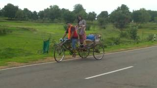 Sambalpuri song video rikshawala sutingi..... BORDA thana chhak(3)
