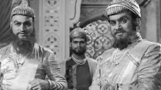 Chhatrapati Shivaji (1952) | Old Classic Marathi Movie Scene 2/13