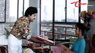 Soundarya's Bra In Rajasekhar's File - Fabulous Scene