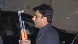 somi khan firing wid ak 47