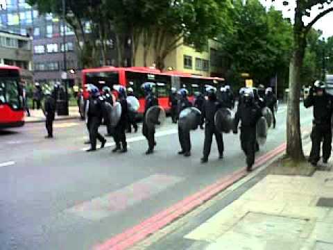 Xxx Mp4 London Riots Peckam Bp Statio 3GP 3gp Sex