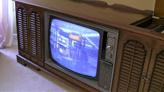Old 1969 RCA New Vista Color TV - Turned on after 10 years...