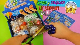 APRO E TAGLIO TUTTE LE SQUISHY BALL! CON SLIME ALL'INTERNO! Iolanda Sweets