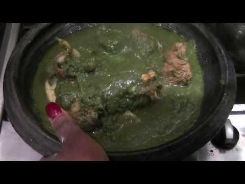 Fufuo ne Abunubunu nkwan (Fufu and Green green/Snail soup)