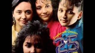 Las Hermanitas Rivera- Mil Razones