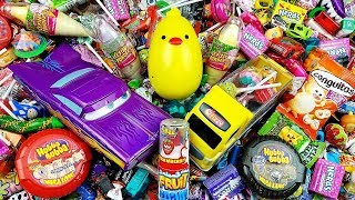 Humpty Dumpty Nursery Rhymes with A lot of Candy - Learn Colors with Hot Wheels
