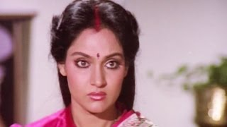 Rajesh Khanna and Madhavi insulted by his brothers - Swarg, Emotional Scene 10/14