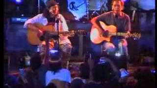 ANTO BARET feat IWAN FALS - Kupaksa Untuk Melangkah (Live Bulungan).mp4