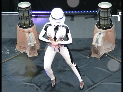 STAR WARS SEXY STORMTROOPER DANCE - Full HD