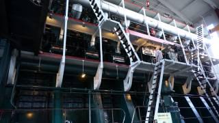 World's largest Diesel Engine starting