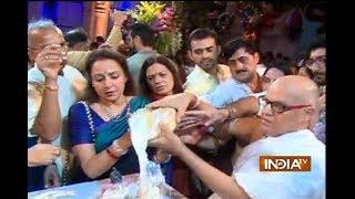 Hema Malini, Ronit Roy सहित अन्य Bollywood के सितारों ने मनाई Krishna Janmashtami