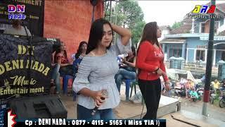 Mawar Ditangan Miss Rara F,t Miss Dina