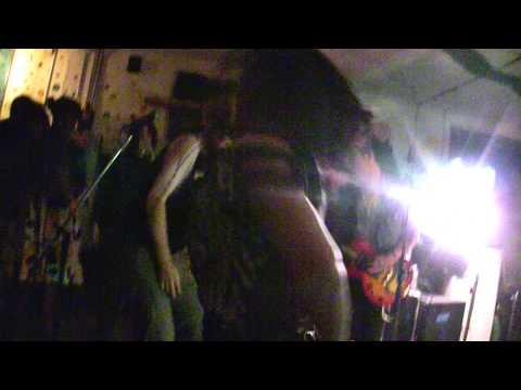 Xxx Mp4 Ritz Riot Fuck Yo Shoes Live Silent Barn 06 04 11 3gp Sex