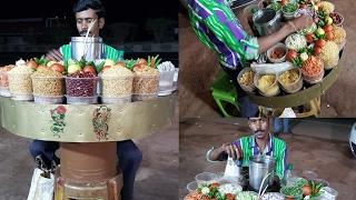 Healthy Indian snack - Jalmuri or Jalmudi off Kolkata