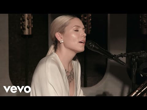 Skylar Grey Love The Way You Lie Live on the Honda Stage at The Peppermint Club