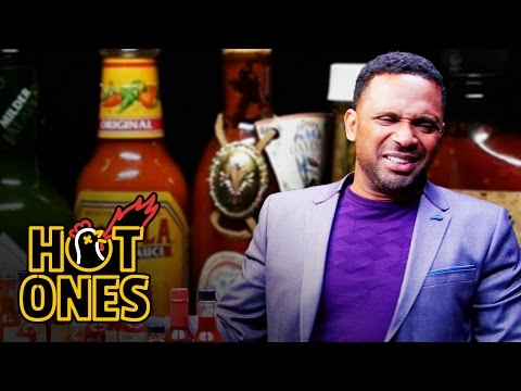 Xxx Mp4 Mike Epps Gets Crushed By Spicy Wings Hot Ones 3gp Sex