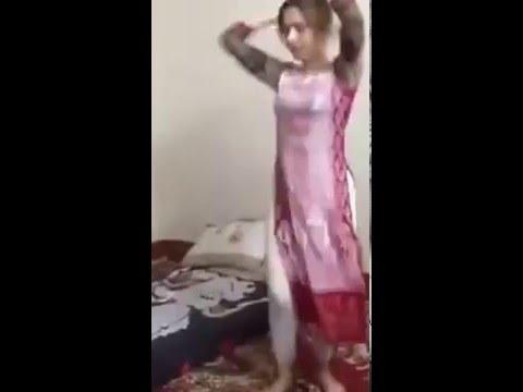 Pakistani cute girl wedding hot dance video