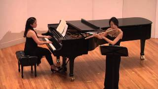 Robert Schumann - Three Romances for flute and piano