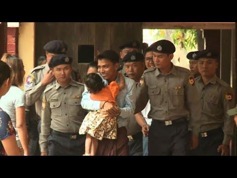 Xxx Mp4 Detained Reuters Journalists Arrive In Myanmar Court 3gp Sex