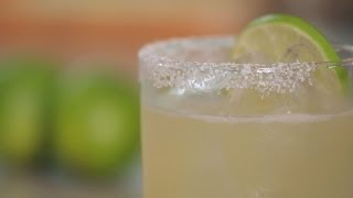 how to make a margarita  cocktail recipes