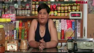 Savita Aunty shows her hot cleavage