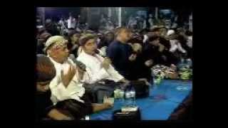 Sholawat Habib Syech di JAUHARUL MUHARROM Tegalrejo Magelang 2011.mp4