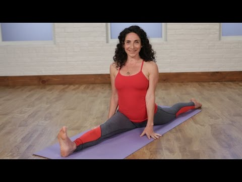2 Yoga Poses to Build Up to the Splits | Class FitSugar