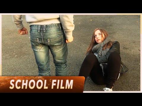 watch Court-métrage sur la violence - Collège Leï Garrus (English Subtitles)
