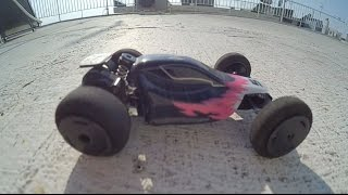 Micro RC car stunt buggy 1/32 scale - roof party
