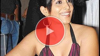 marathi actress sonali kulkarni's kulfi selfie viral on social media | sonali & atul kulkarni