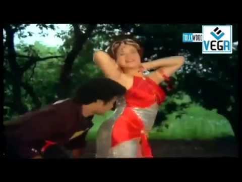 Bhargava Ramudu Movie Songs - Vayyarama Song