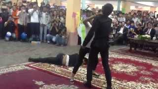 Khmer Girl Fighting with 3 Body Guard