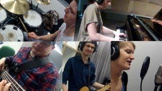 Astrids Poporkester - Trapped (Live In Studio)