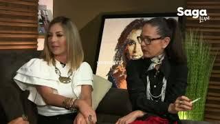 Yolanda Andrade con Adela Micha en La Saga