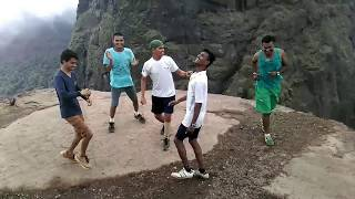 most funny video on zingat song at kalavanti fort