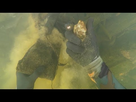 Found Possible Human Bone 2 Knives and Diamonds Underwater in River Scuba Diving DALLMYD