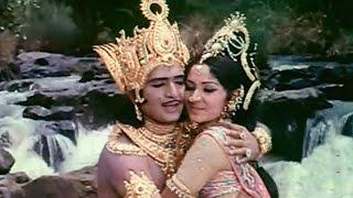 Kurukshetram Movie || Harivillu Divinundi Video Song || Krishnam Raju, Shoban Babu