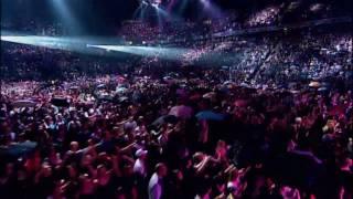 Rihanna - Umbrella (Live) HQ/HD