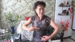 Close Up to Study Peking Opera Hand and Eye Movements