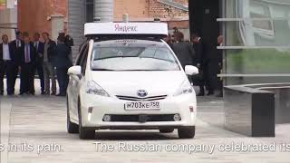 Without hands! Putin rides a Driverless car at Moscow