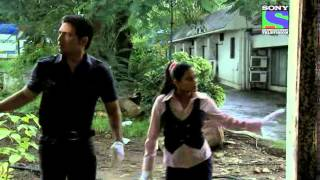 CID - Episode 743 - Peephole Murder