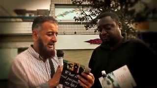 Wajib Liat!!! Debat jalanan Islam VS Murtadin Inggris (TEKS INDO TEKAN TOMBOL TRANSLATE)
