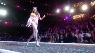 HD 2007 The Victoria's Secret Fashion Show Part 3  PINK - Exclusive