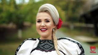 Download Adina Simona Popovici - Mi s-o spart oglinda aseara (videoclip original)