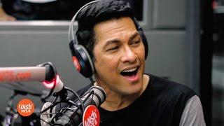 Gary Valenciano sings