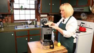 How to Clean a Coffee Maker Reservoir